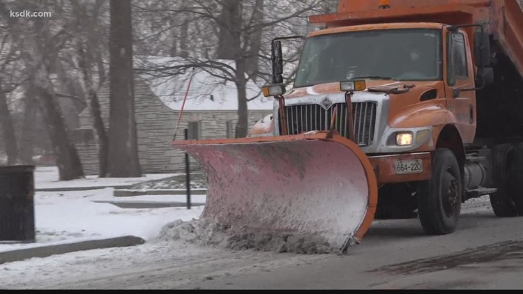 St. Louis-area residents contend with the snow and cold