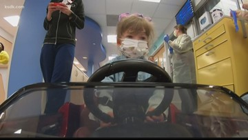 'Miracle' girl drives to operating room
