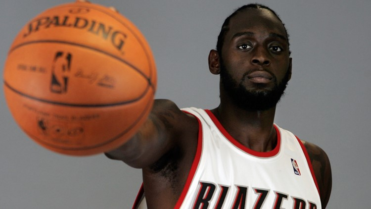 Former East St. Louis star Darius Miles among 18 ex-NBA players charged in $4M health care fraud scheme
