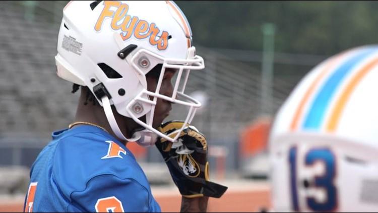 Top recruit, East St. Louis wide receiver Luther Burden III commits to Mizzou