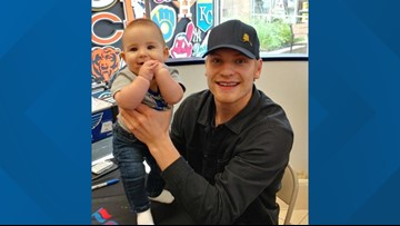 Blues' Colton Parayko meets baby named after him at autograph signing