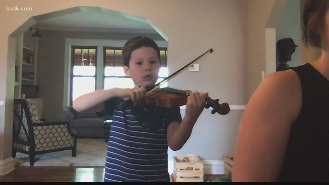St. Louis teacher using music to help underserved students