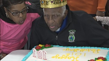 'I'm going to try and get 101 cards' | Florissant WWII army veteran gets over 3,000 cards for his 101st birthday