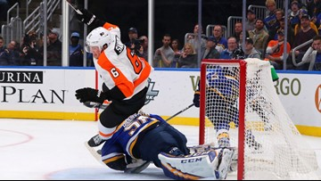 Blues storm back against Flyers in 3rd, fall in OT, 4-3