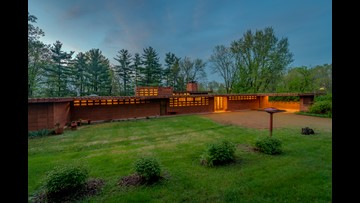 Owners of one of St. Louis' Frank Lloyd Wright homes switch tactics in push to find buyer
