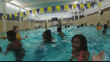 Lutheran South students honor classmate who drown by teaching refugees to swim