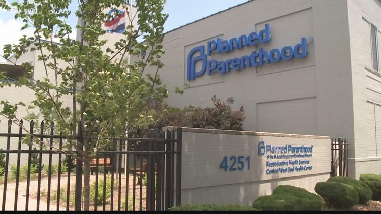 Federal appeals court panel blocks Missouri abortion law