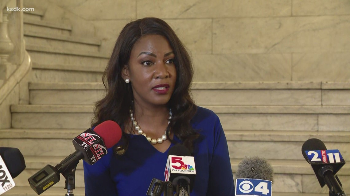 St. Louis Mayor-elect Tishaura Jones holds press conference after meeting with Mayor Krewson