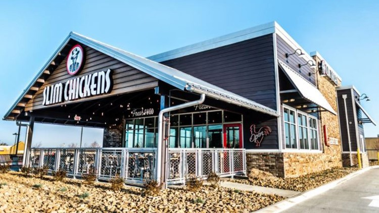 Slim Chickens franchisee opens second St. Louis-area restaurant