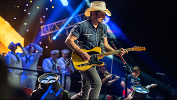 Tickets for Brad Paisley's St. Louis show on sale Friday
