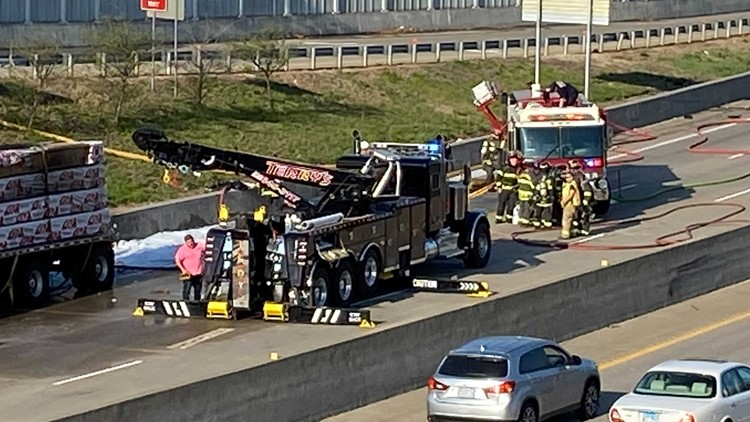Driver killed in crash with tractor-trailer on I-64 in St. Louis County