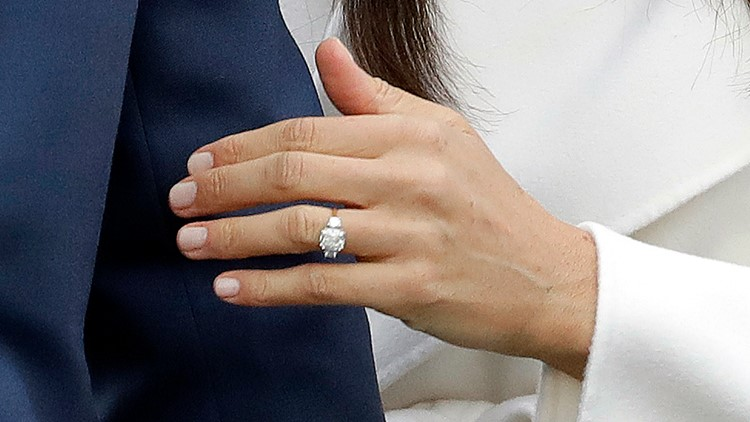 duchess meghan debuts re designed engagement ring ksdk com duchess meghan debuts re designed