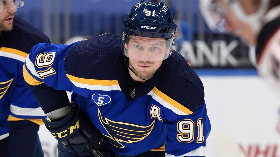 Winger Vladimir Tarasenko asks Blues for trade, source says