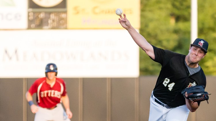 Otters Route Rascals in Game 2