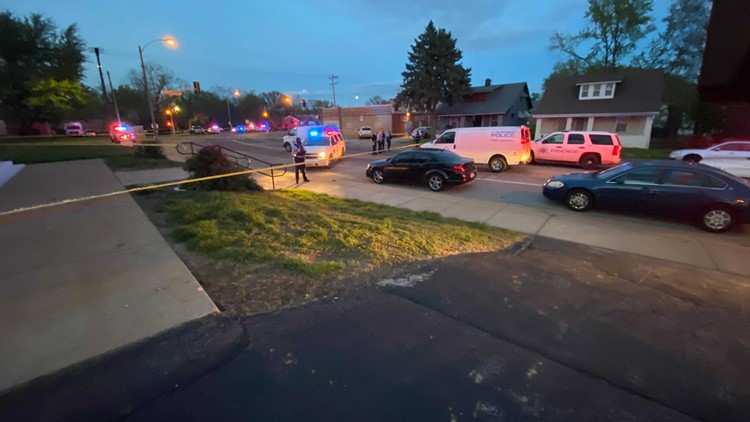 Woman killed, 7-year-old girl shot in ankle in north St. Louis shooting