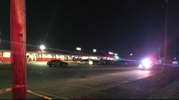 Woman shot in hip outside Fenton restaurant, police investigating
