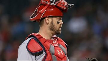 Cardinals re-sign veteran catcher Matt Wieters