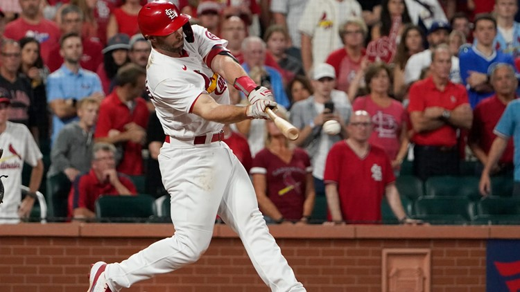 Goldschmidt 9th inning walk-off hit puts Cards over Cubs