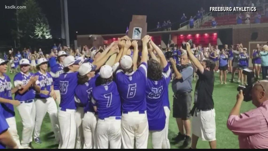 Freeburg baseball celebrates state title