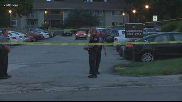 Maryland Heights police officer shot, 2 taken into custody