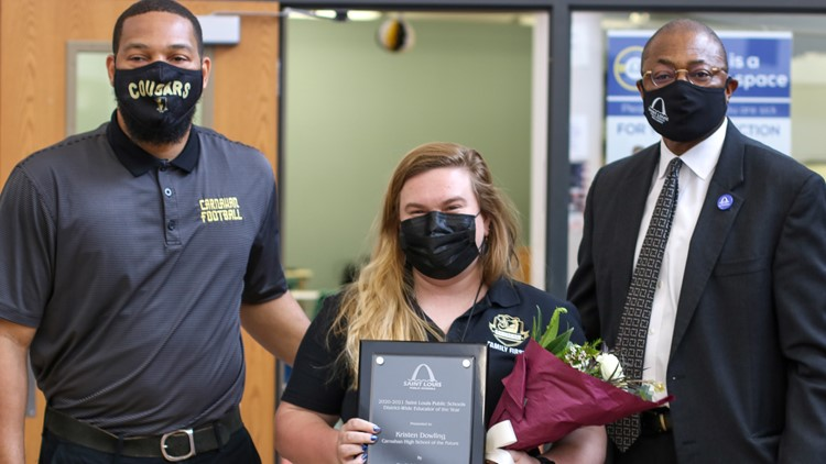 Kristen Dowling, chemistry teacher at Carnahan HS, wins Educator of the Year