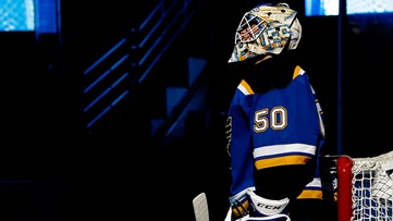 Blues' Binnington talks NHL rise, honoring 'Cujo', season stoppage and more in social media interview