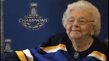 101-year-old Blues fan gets to live out a dream with the Stanley Cup