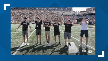 Stanley Cup champion Blues make surprise cameo at Mizzou football game