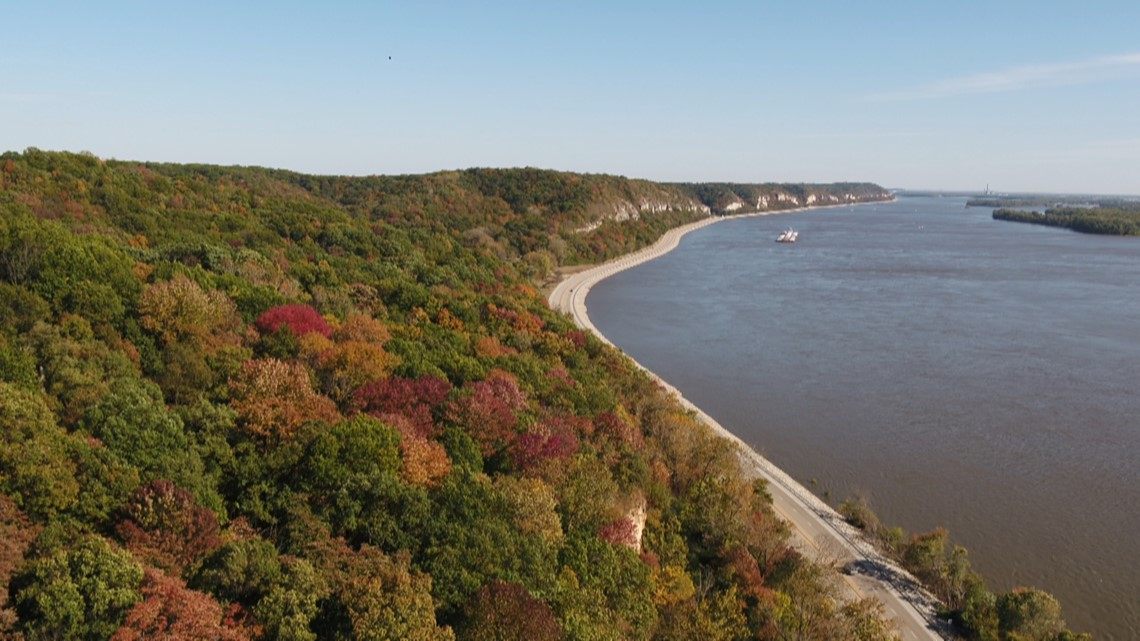 How to find the best places to see fall foliage in Missouri