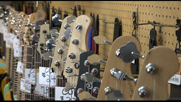 Thieves steal guitars, amps from Jeff Co. music store