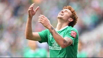 Josh Sargent scores brilliant goal as Bremen beats Augsburg