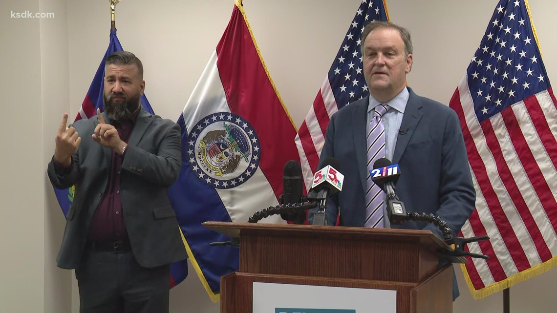 St. Louis County executive gives COVID-19 update
