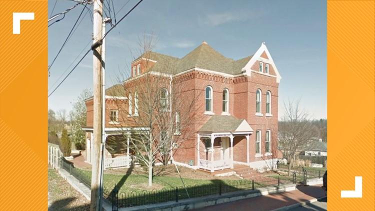 Missouri house for sale includes 9 jail cells