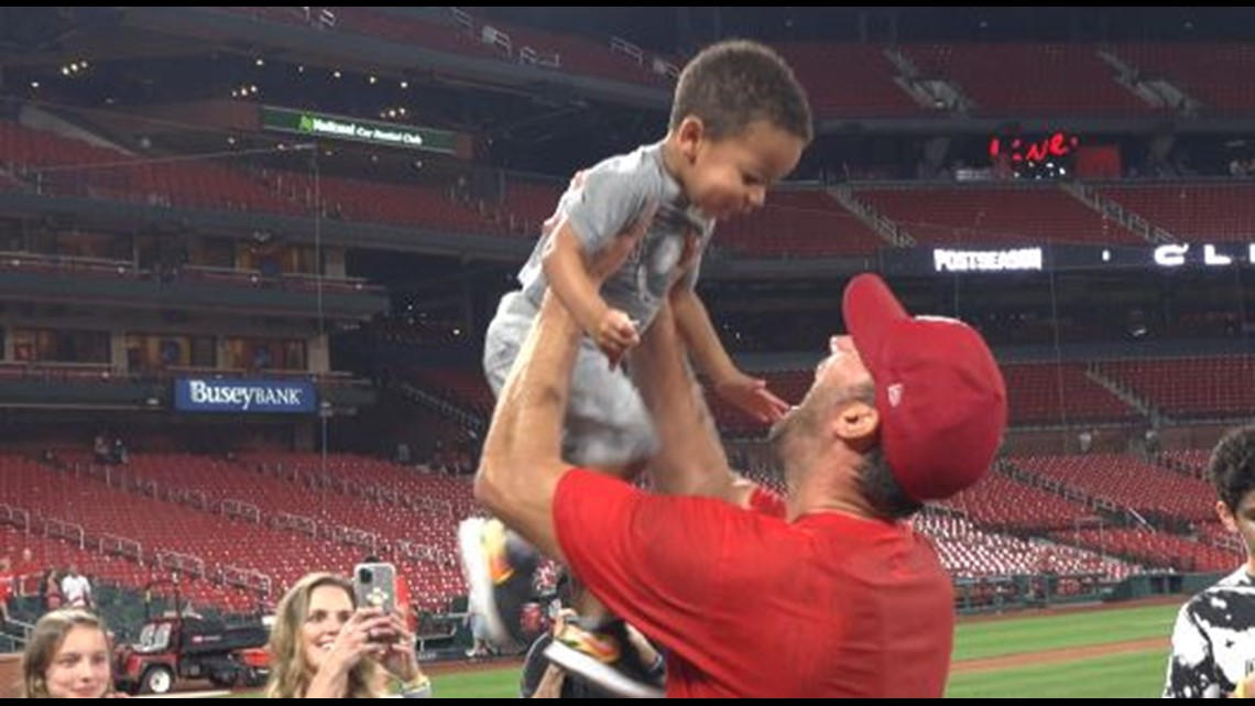 Watch: Adam Wainwright's adorable reunion with family on field after Cardinals clinch Wild Card berth