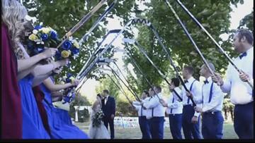 Diehard Blues couple has Blues-themed wedding