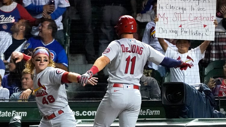 History in Chicago: Cardinals tie franchise record with 14th straight win
