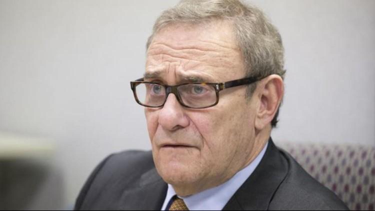 Judge disqualifies St. Louis lawyer in NFL lawsuit