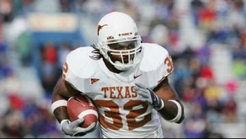 NFL running back, former Longhorn Cedric Benson killed in West Austin motorcycle crash