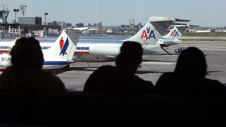 Dead fetus reportedly found on plane at LaGuardia Airport