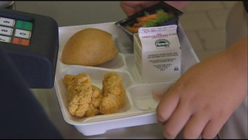Army vet takes on Texas schools shaming students in lunch line