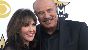 Dr. Phil is selling his L.A. home and the internet is really confused about photos of the house