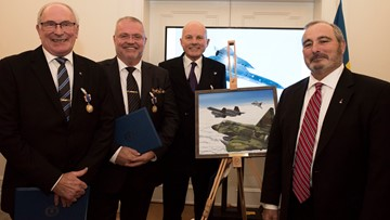 Swedish pilots honored by US Air Force for once-classified Cold War rescue